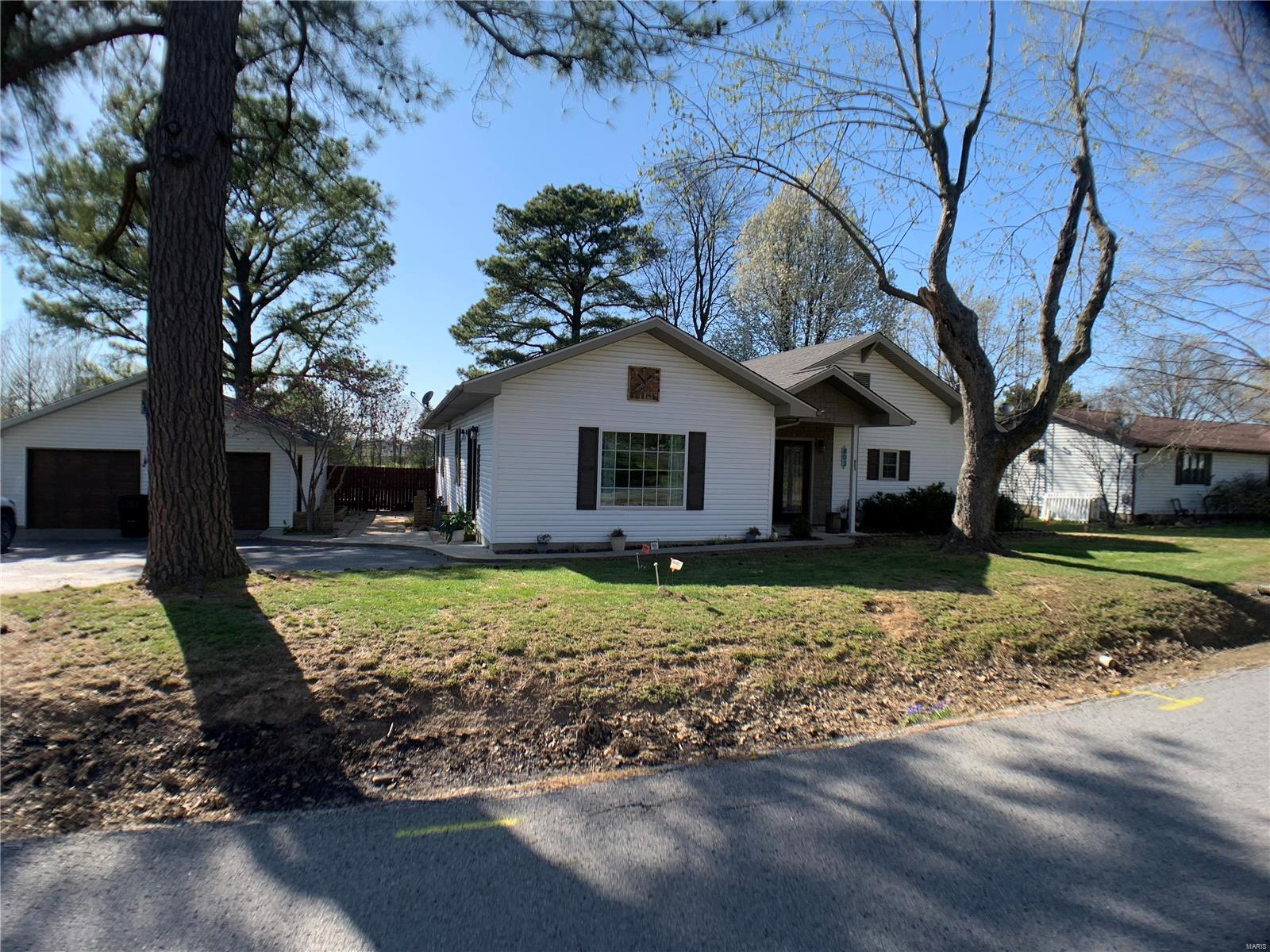 803 Water Street Property Photo - Harrisburg, IL real estate listing