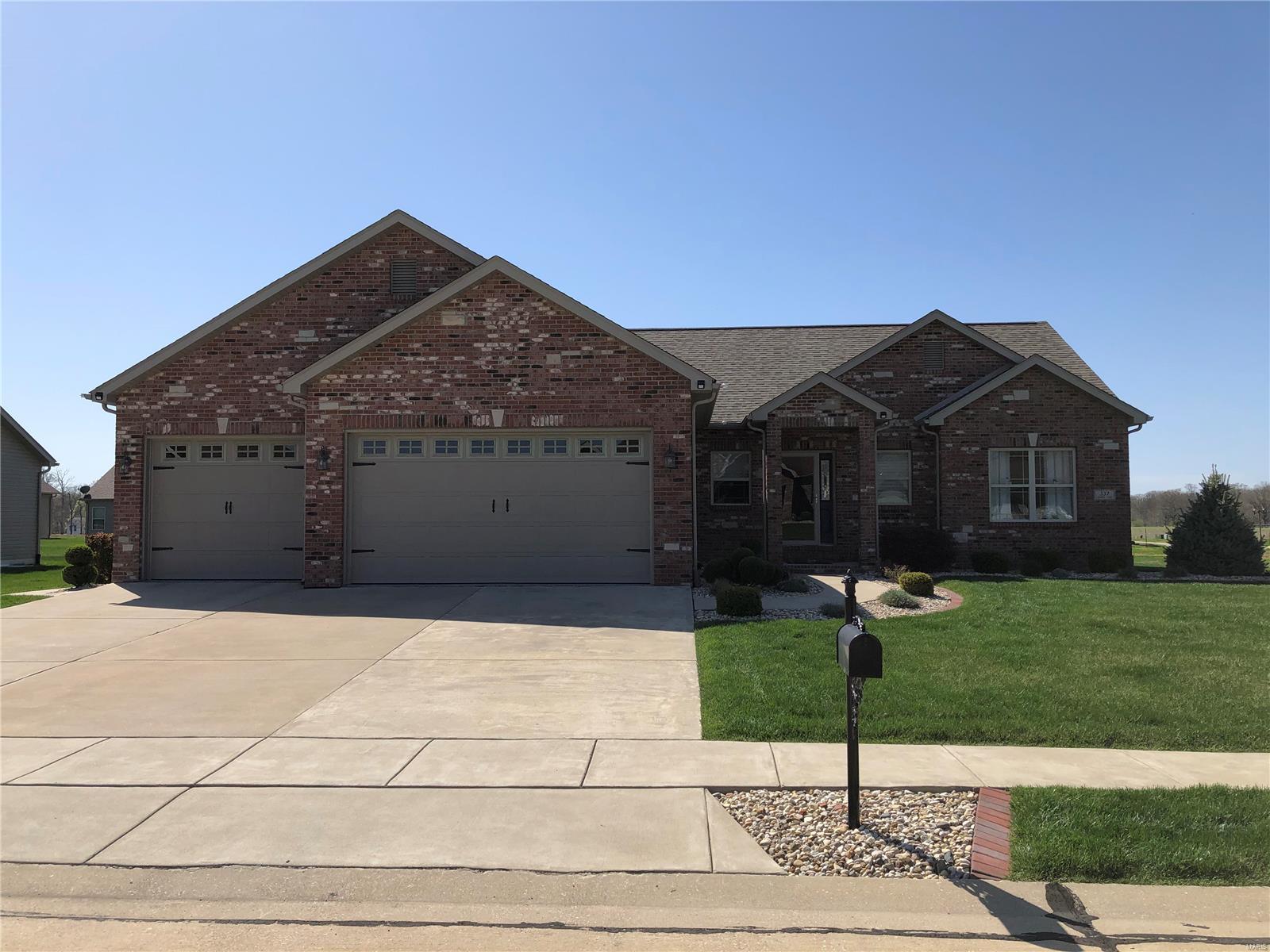 337 Gadwall Property Photo - Staunton, IL real estate listing