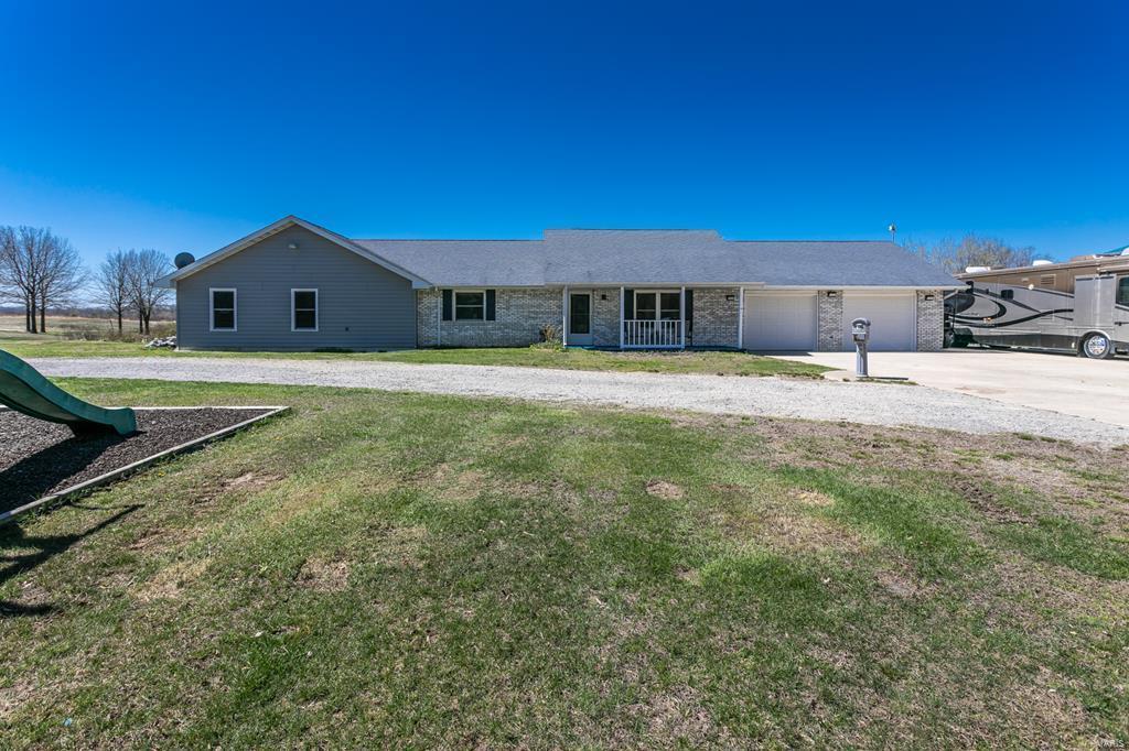 62889 Real Estate Listings Main Image