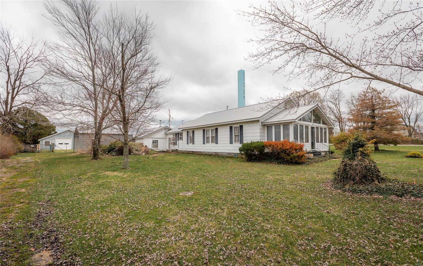 601 Locust Street Property Photo - Edgar Springs, MO real estate listing