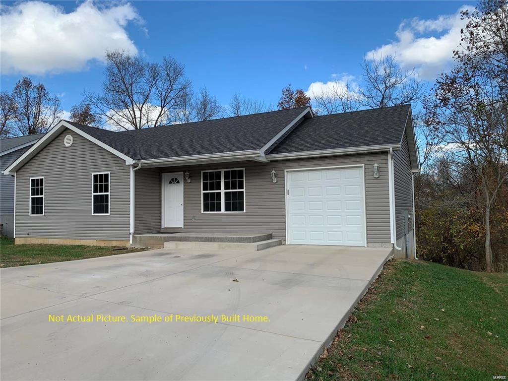 104 E Cedar Lane Property Photo - Owensville, MO real estate listing