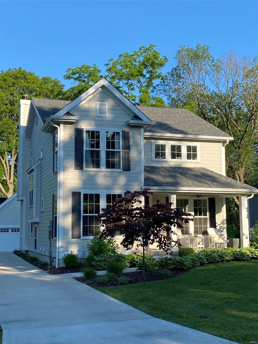 929 Dwyer Avenue Property Photo - Glendale, MO real estate listing