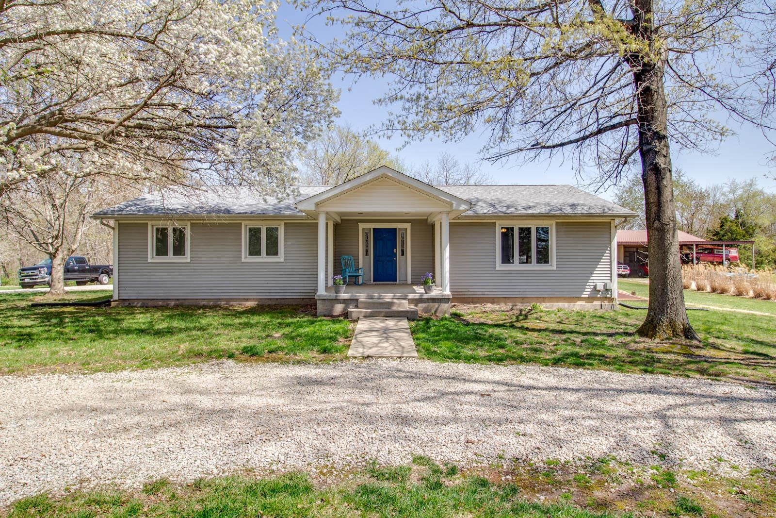 16016 Rugby Trail Property Photo - Litchfield, IL real estate listing