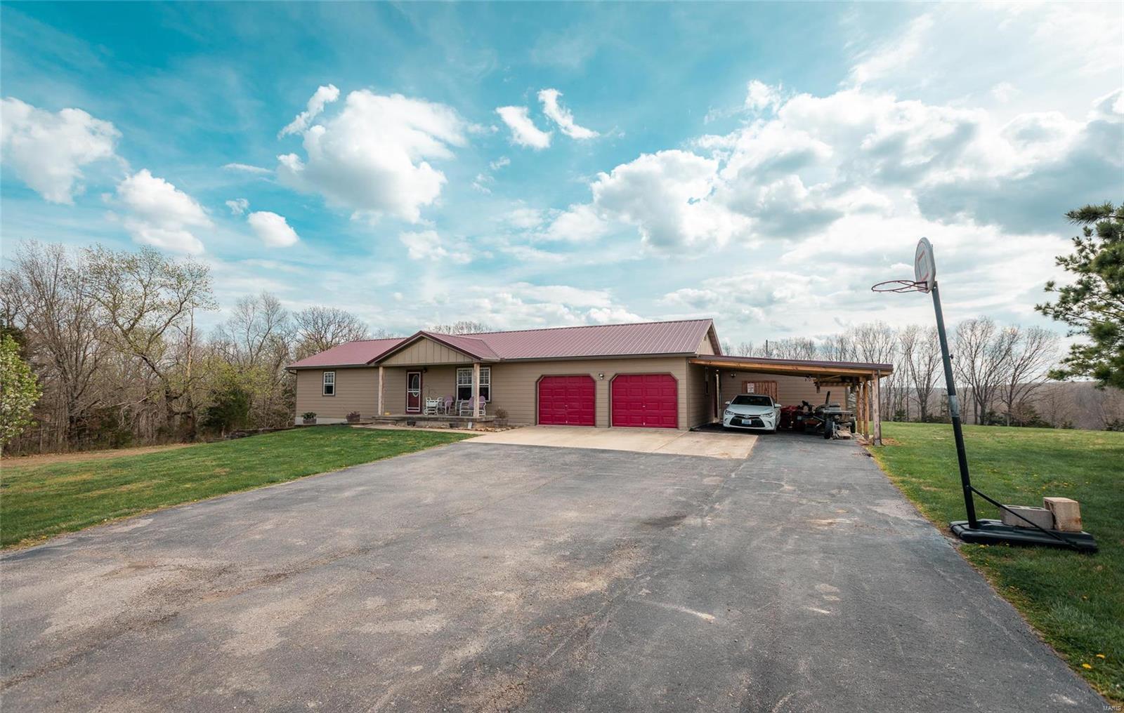18290 Charity Drive Property Photo - Dixon, MO real estate listing