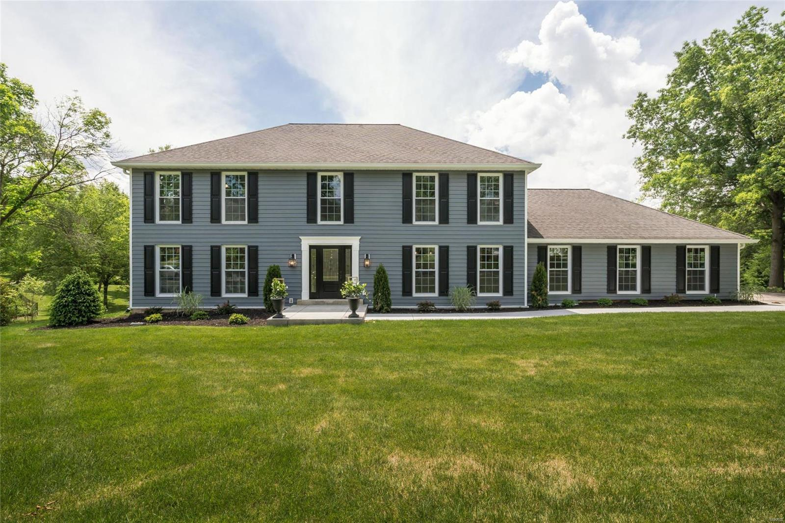 13716 Corrington Property Photo - Town and Country, MO real estate listing