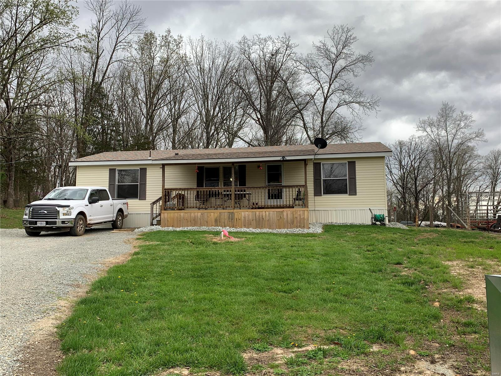 7906 Highway T Property Photo - Fredericktown, MO real estate listing