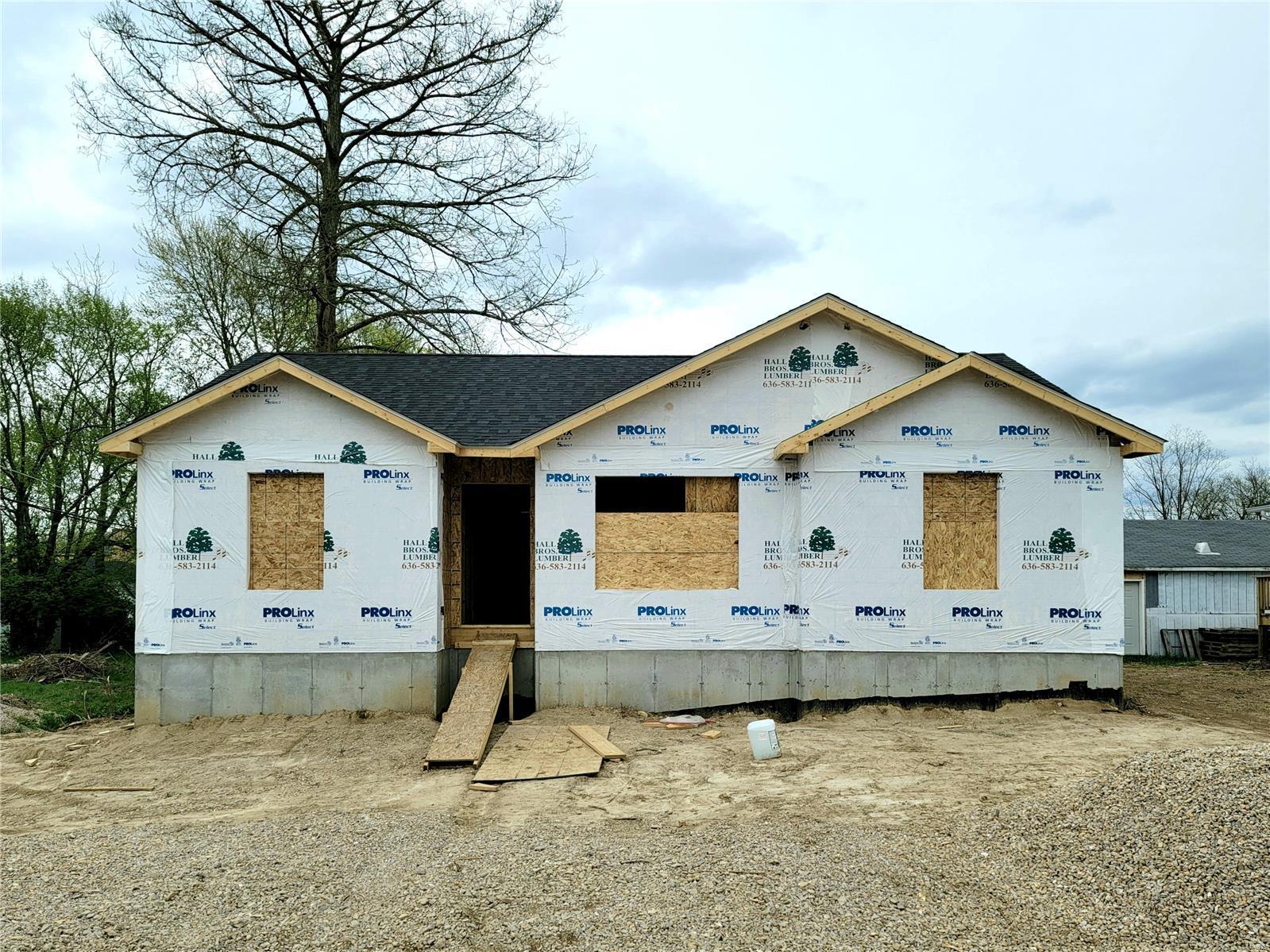 Sullivan Primary Real Estate Listings Main Image