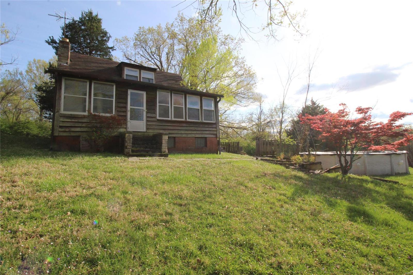 95 Lucie Lane Property Photo - Valley Park, MO real estate listing