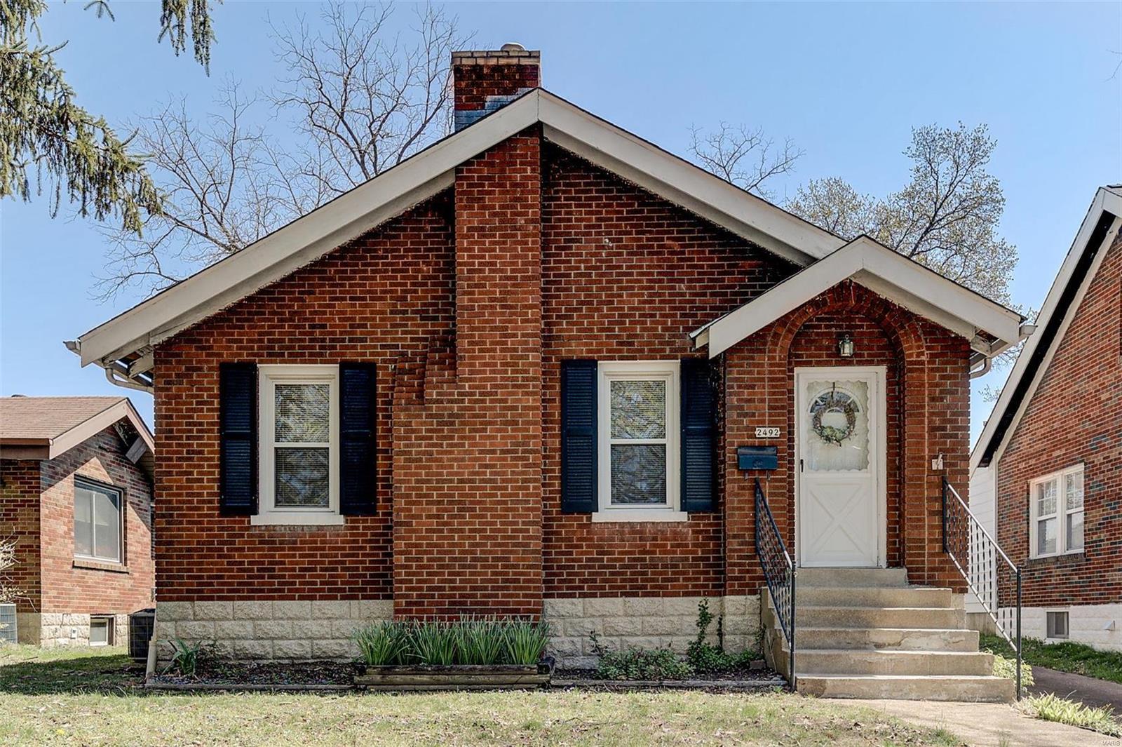 2492 Hartland Avenue Property Photo