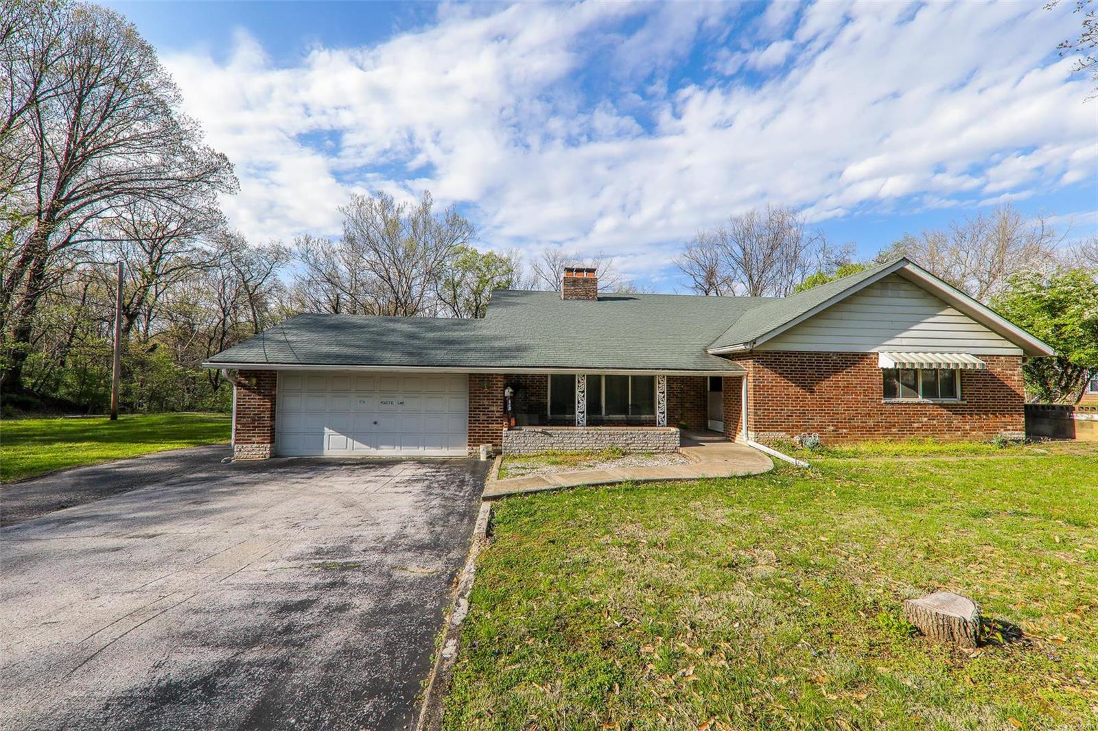 1179 Peaceful Lane Property Photo - Caseyville, IL real estate listing