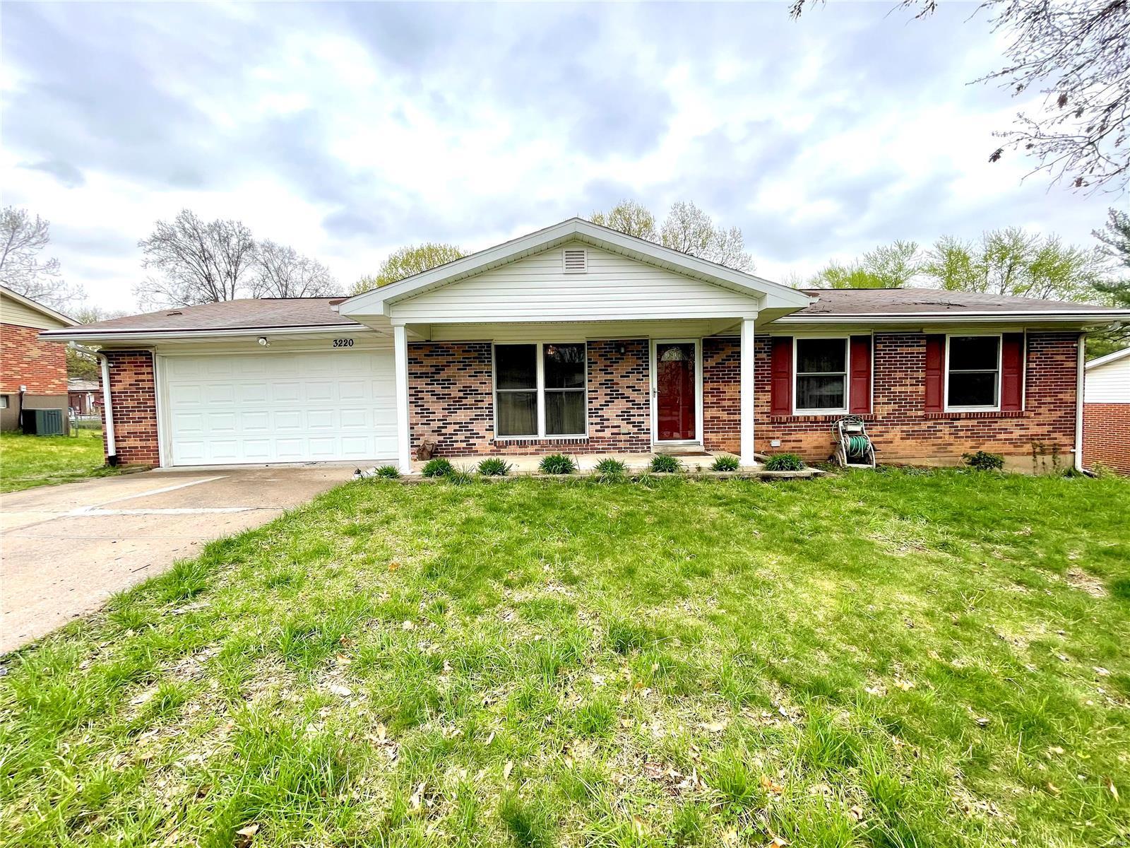 3220 Lake Avenue Property Photo - Bridgeton, MO real estate listing