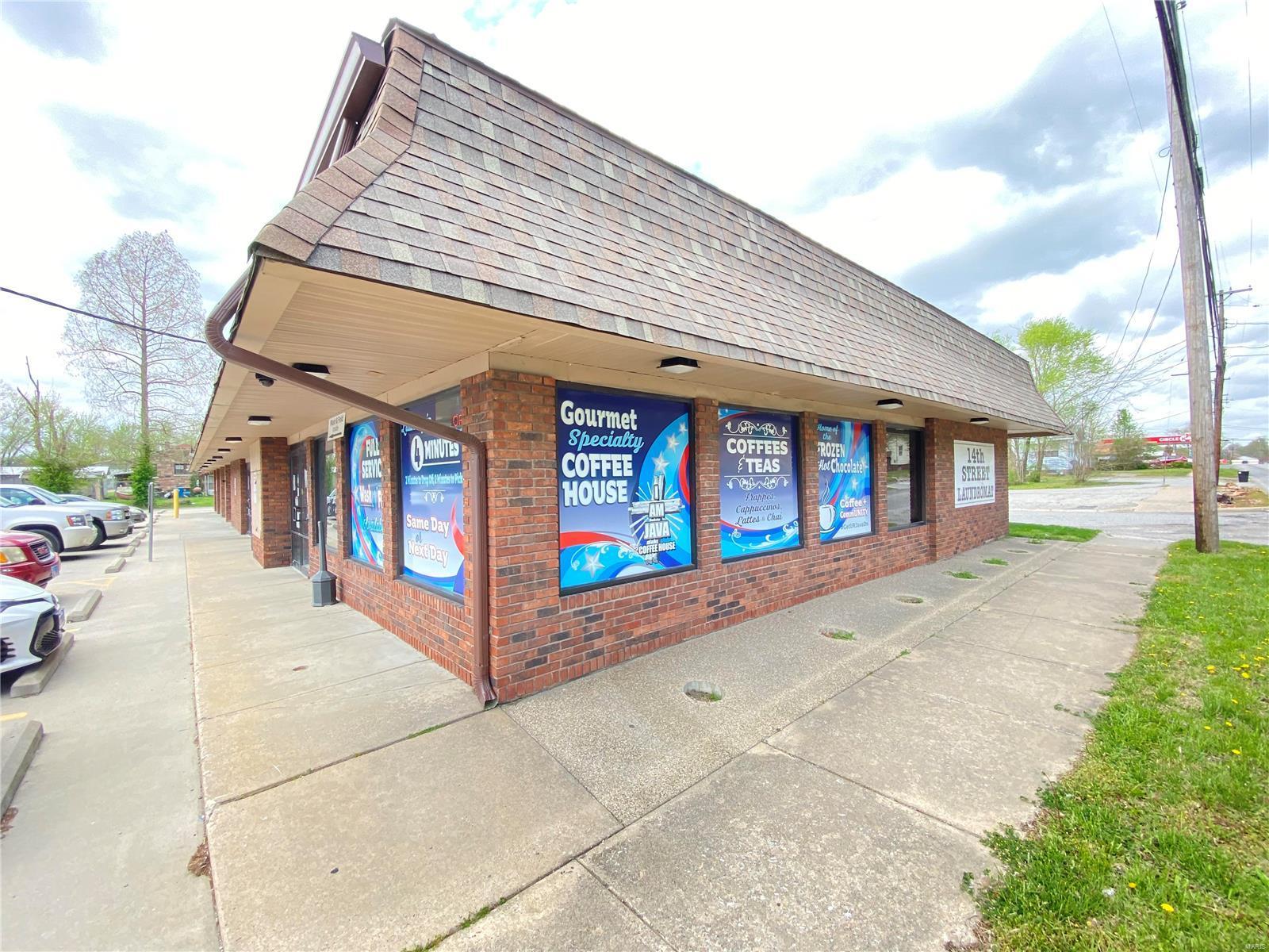 715 N 14th Street Property Photo - Murphysboro, IL real estate listing