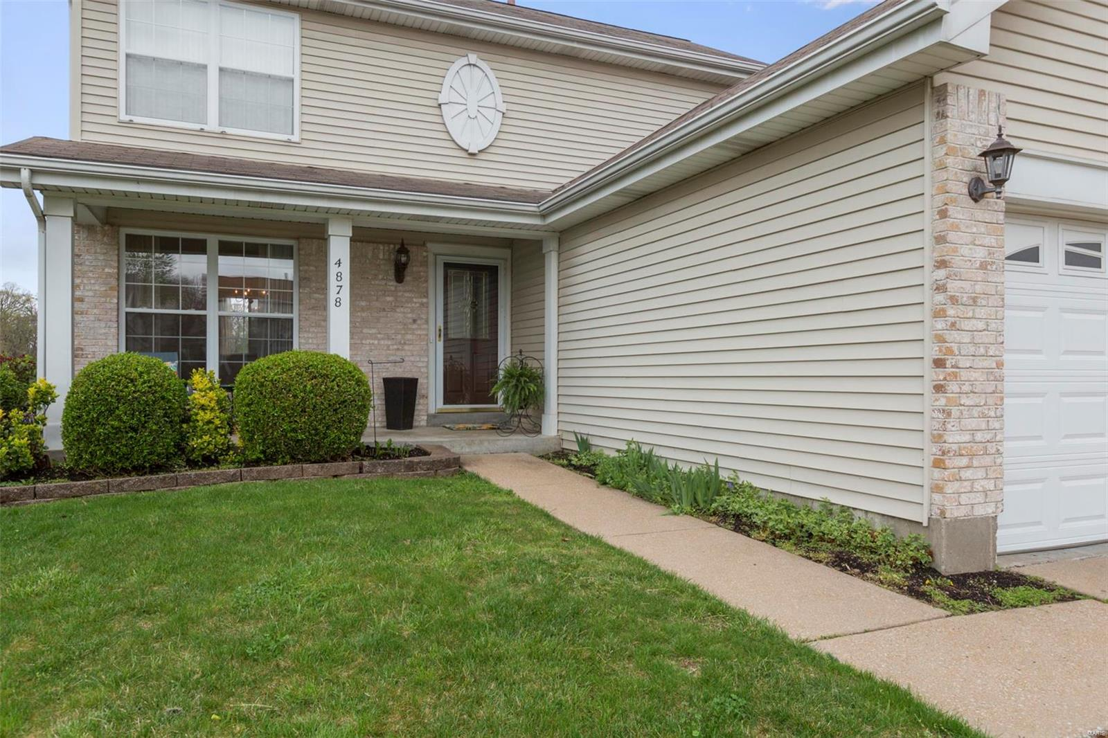 4878 Persimmon Bend Property Photo - Black Jack, MO real estate listing