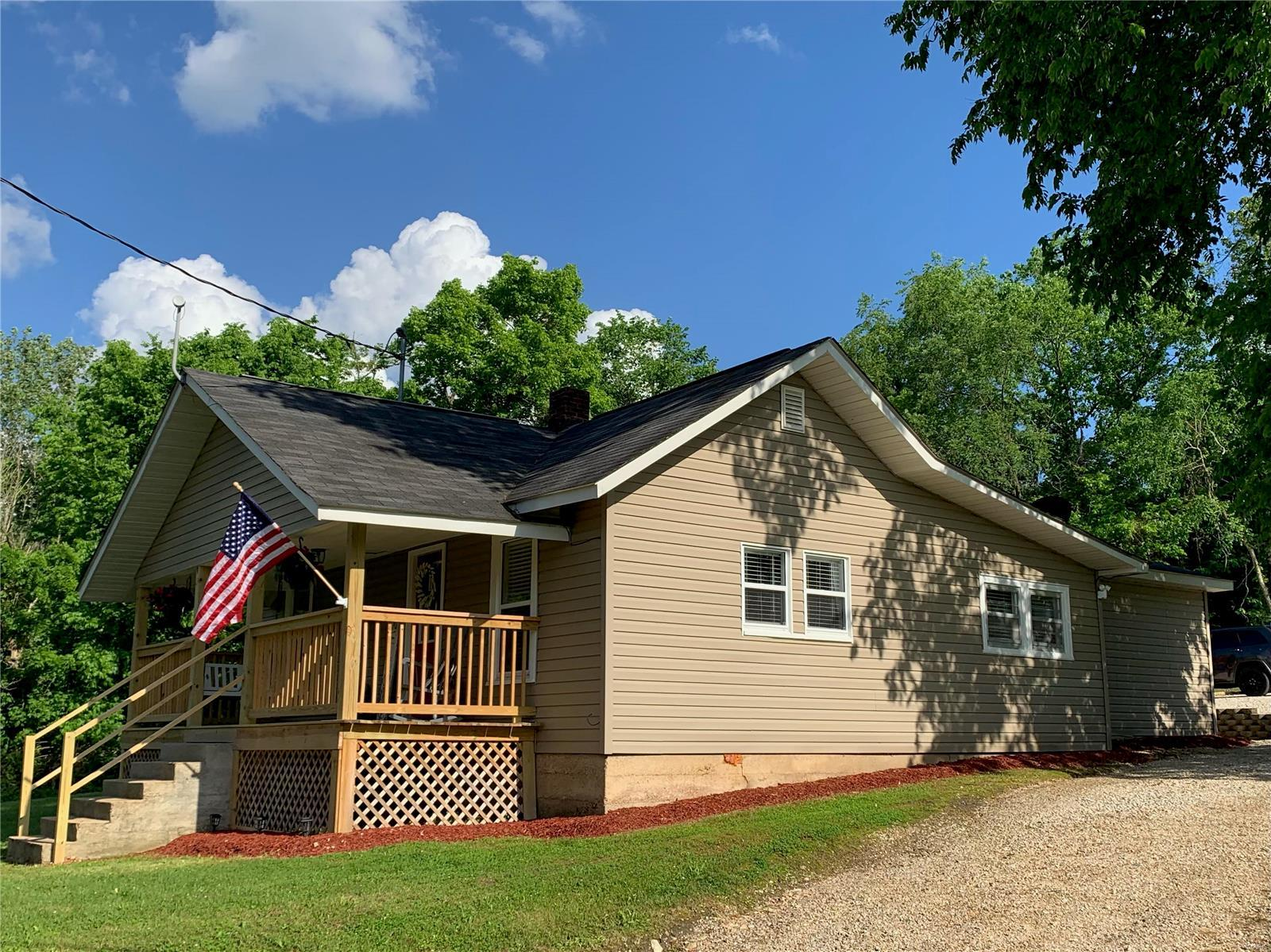 18714 State Route P Property Photo - Newburg, MO real estate listing