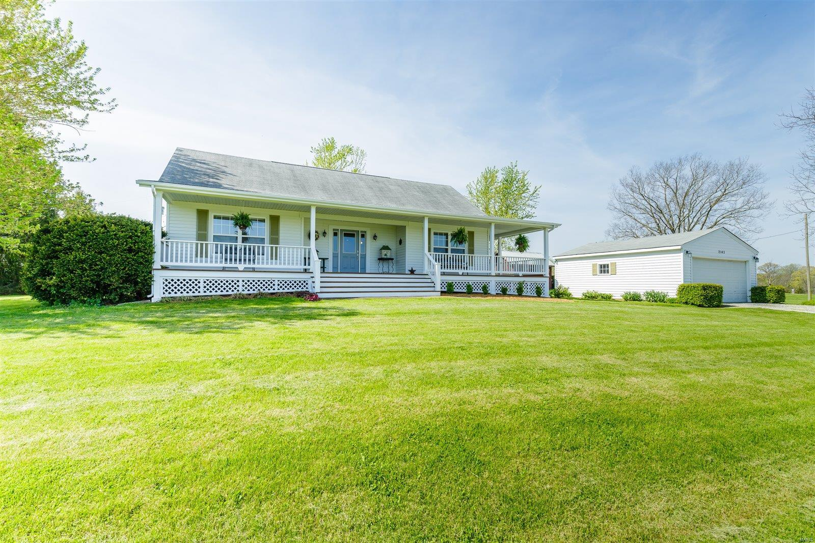2143 Farris County Road Property Photo - Foristell, MO real estate listing