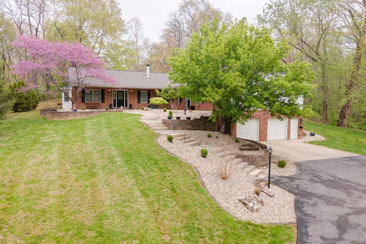 118 Old Collinsville Road Property Photo - Caseyville, IL real estate listing