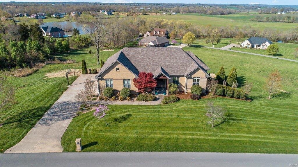1054 Saddlebrooke Ridge Property Photo - Jackson, MO real estate listing