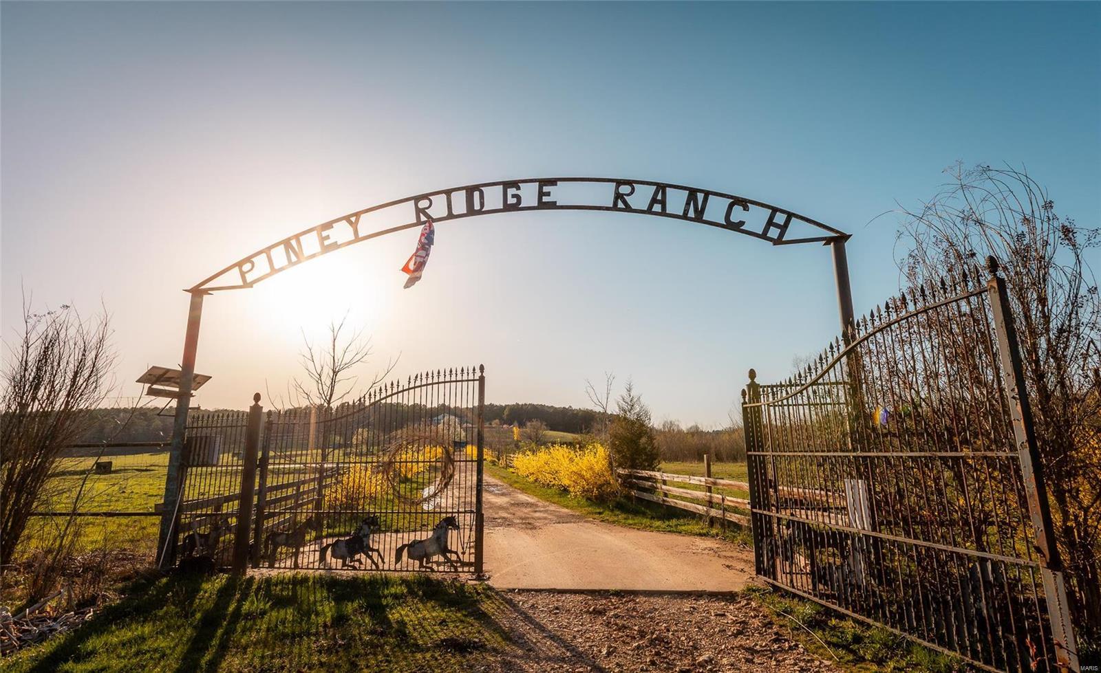22804 Piney Ridge Ranch Property Photo