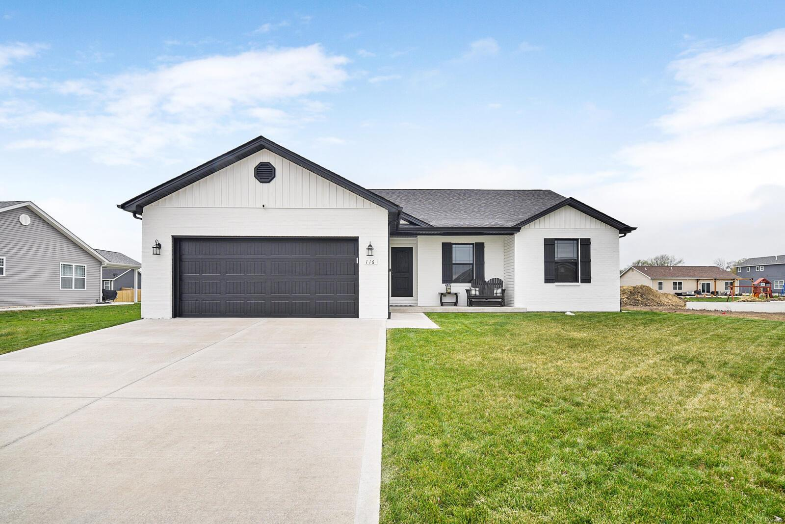 116 Garrettford Drive Property Photo - Bethalto, IL real estate listing