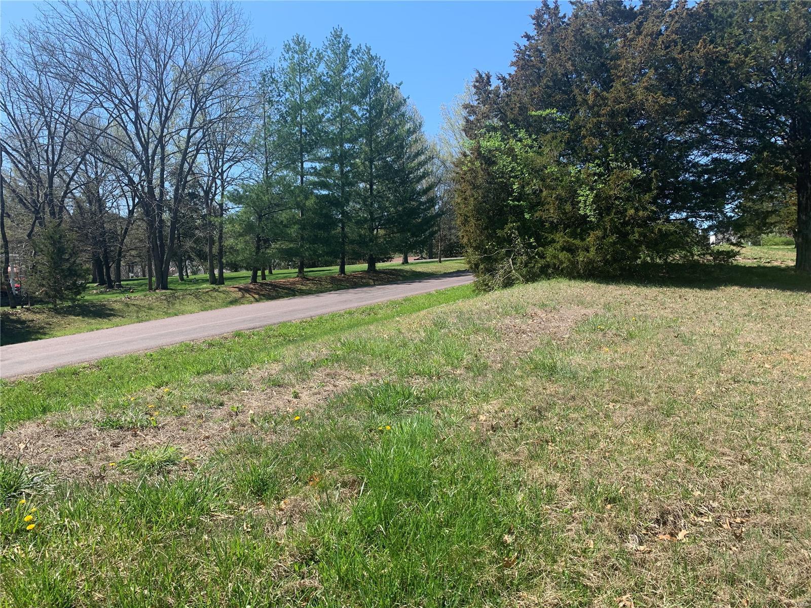 25156 Woodridge Drive Property Photo