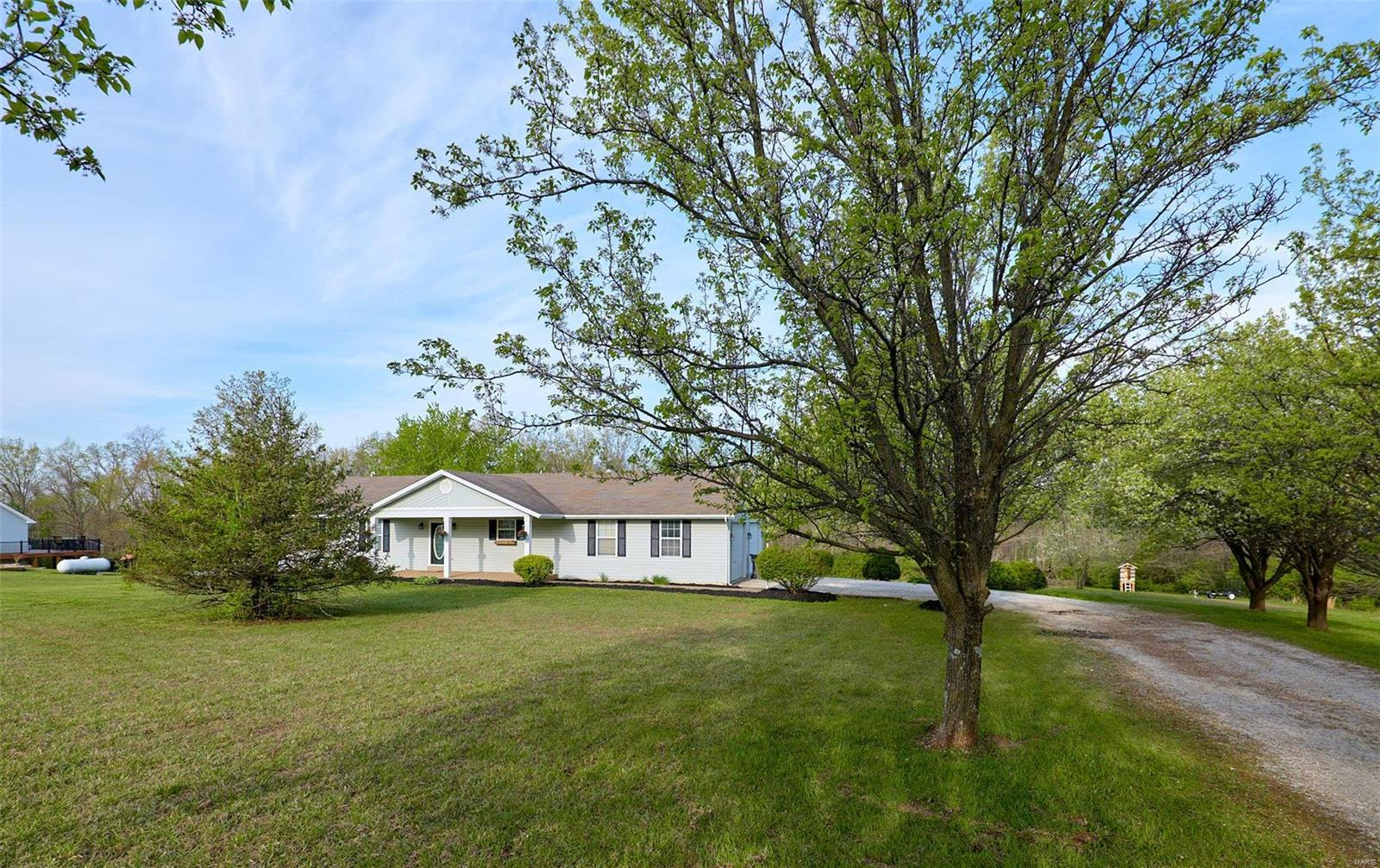 17 Country Trails Ct Property Photo - Moscow Mills, MO real estate listing