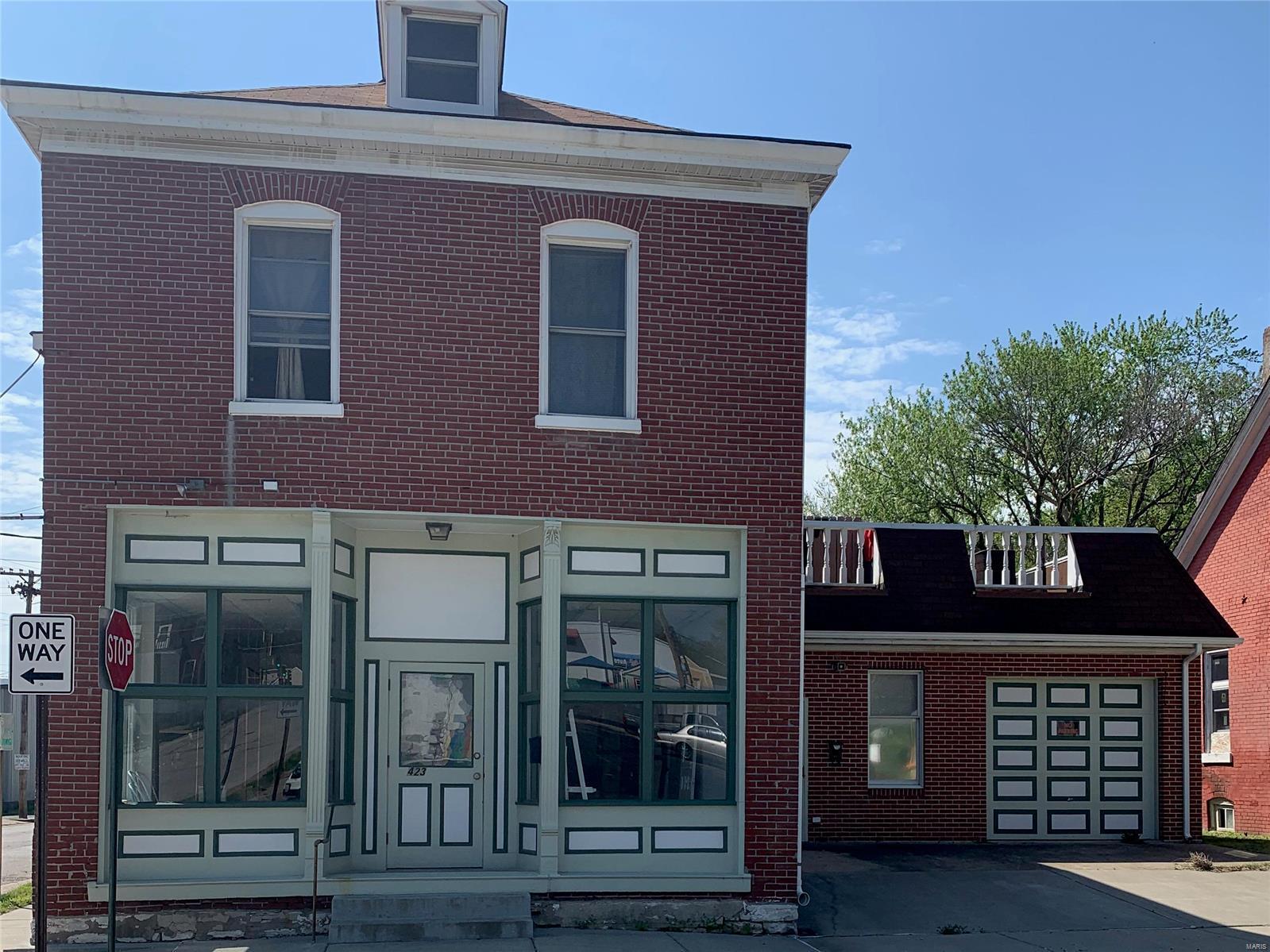 103 W Monroe Street Property Photo - Belleville, IL real estate listing
