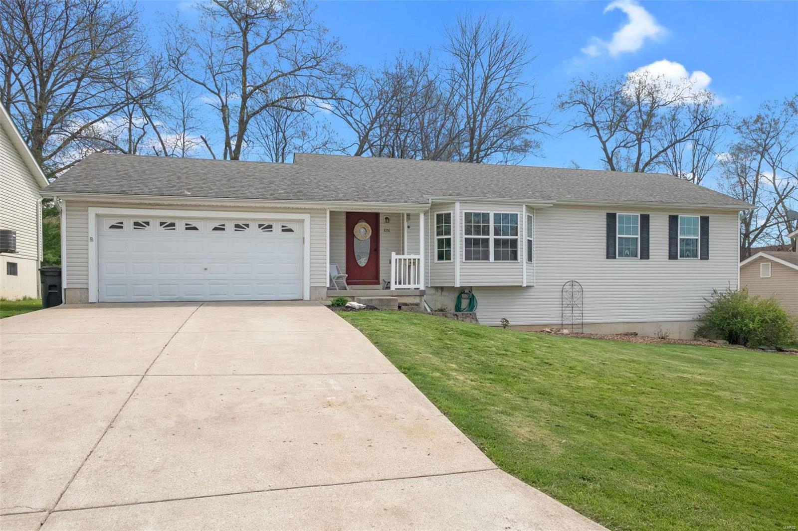1051 Wrigley Circle Property Photo - Warrenton, MO real estate listing