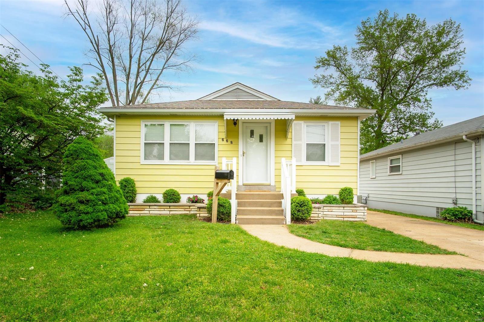 668 Conover Lane Property Photo - Crestwood, MO real estate listing
