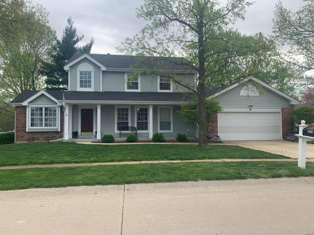 16252 Windfall Ridge Court Property Photo - Chesterfield, MO real estate listing