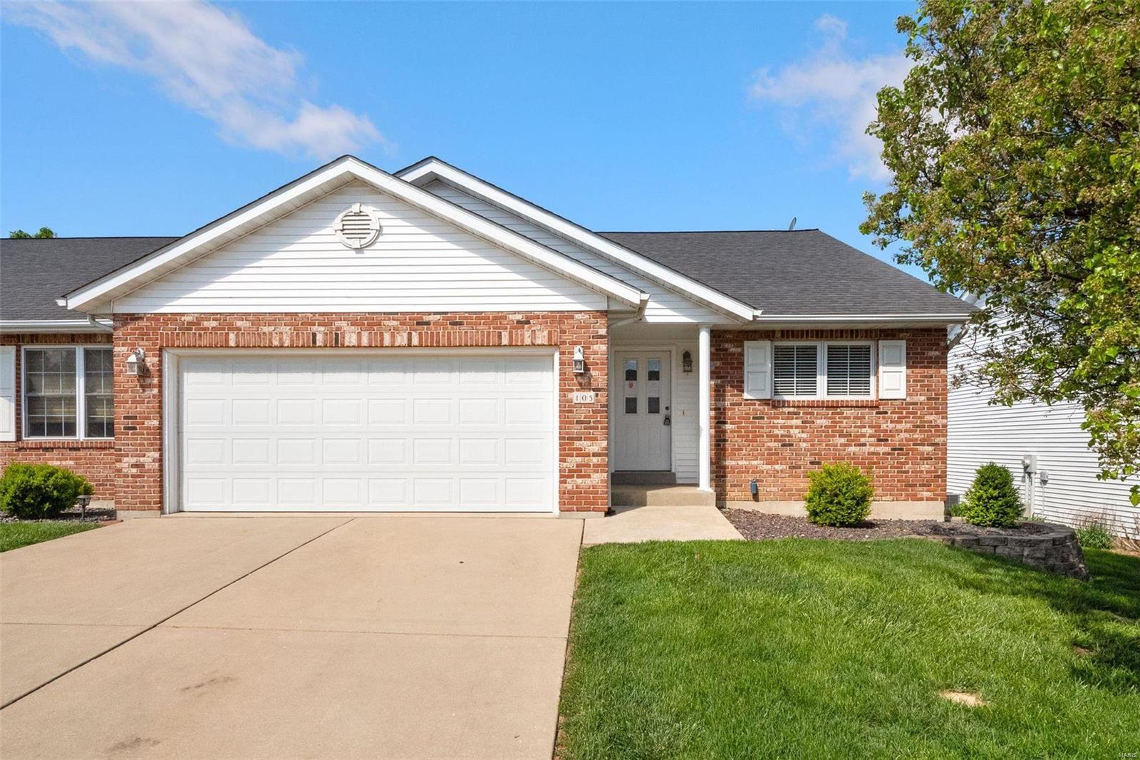105 Megan Court Property Photo - Valmeyer, IL real estate listing