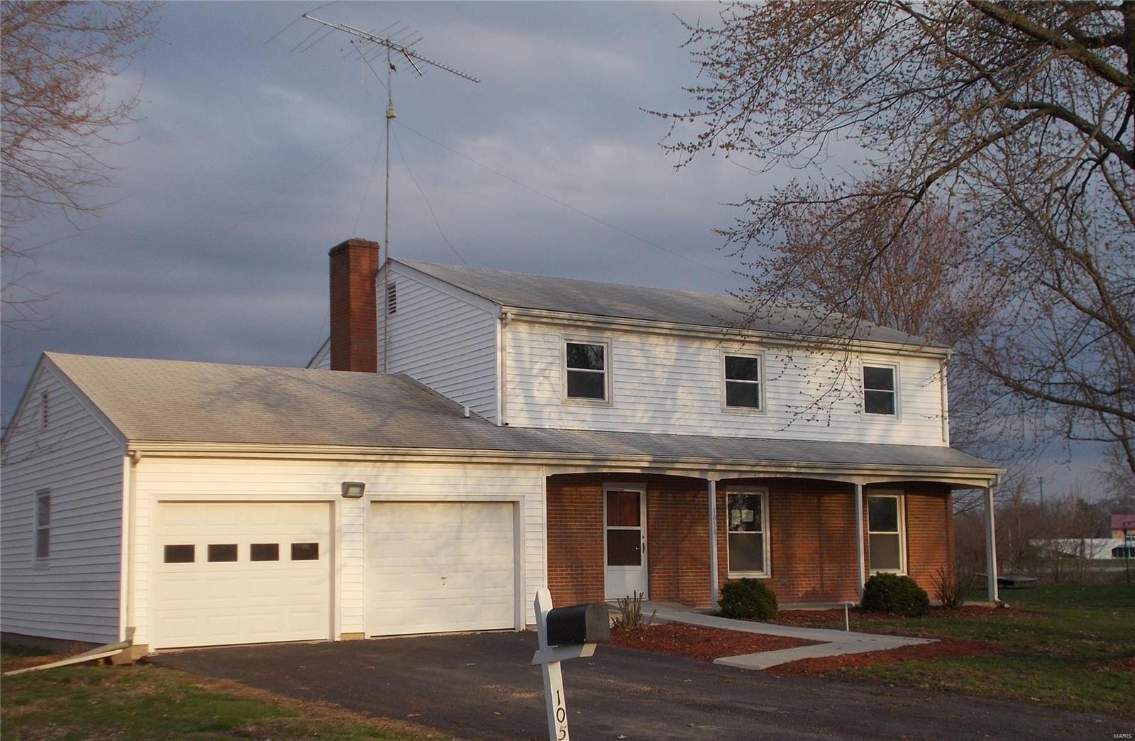 1058 Bishop Lane Property Photo - Montgomery City, MO real estate listing