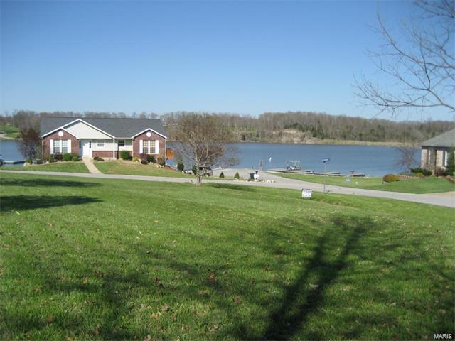 10211 Village Drive E Property Photo - Foristell, MO real estate listing