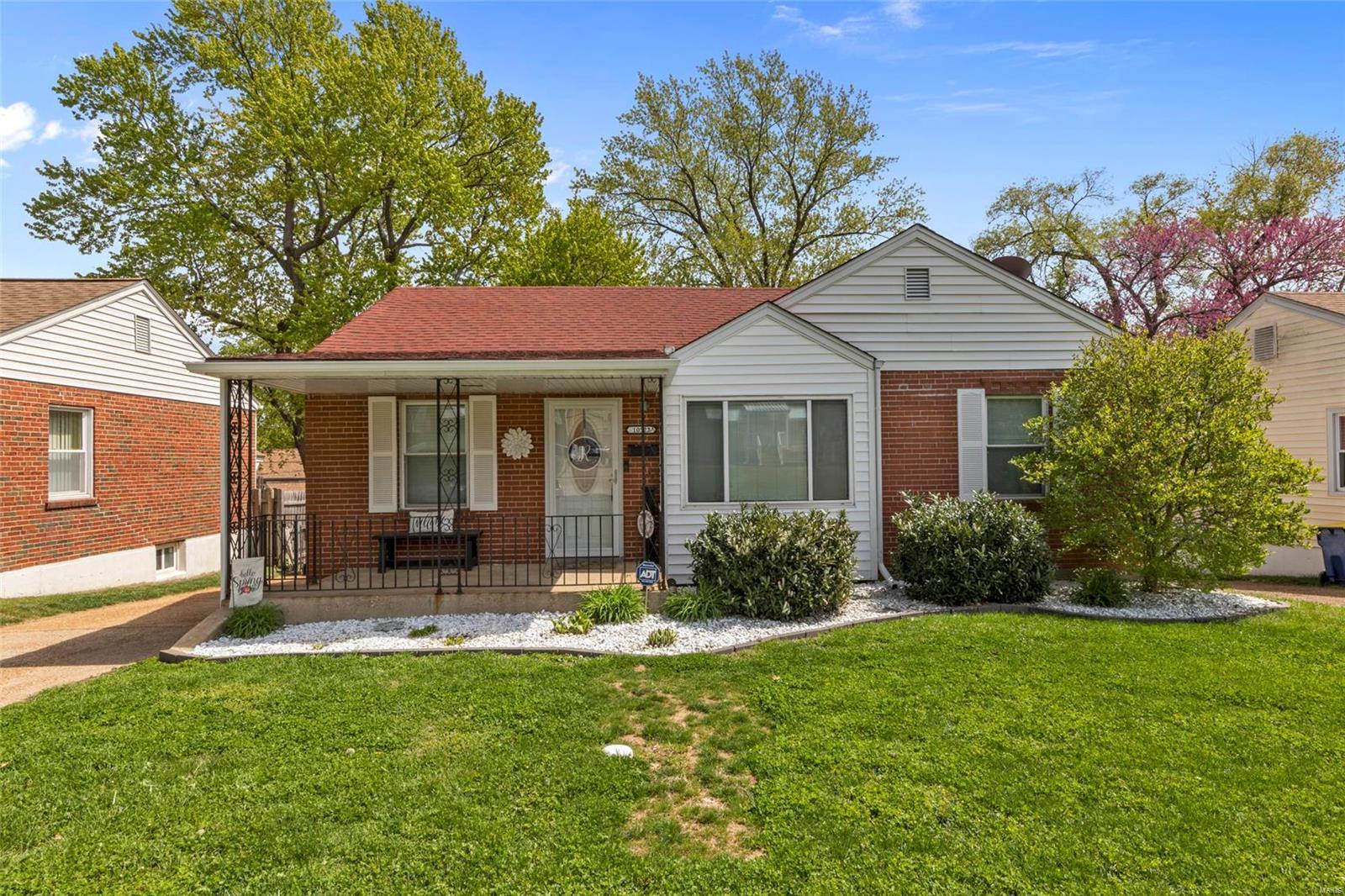 10522 Saint Xavier Lane Property Photo - St Ann, MO real estate listing