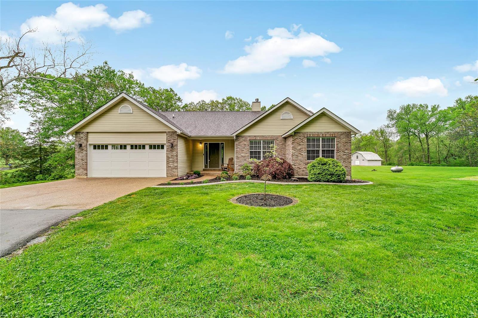 1618 Sneak Road Property Photo - Foristell, MO real estate listing