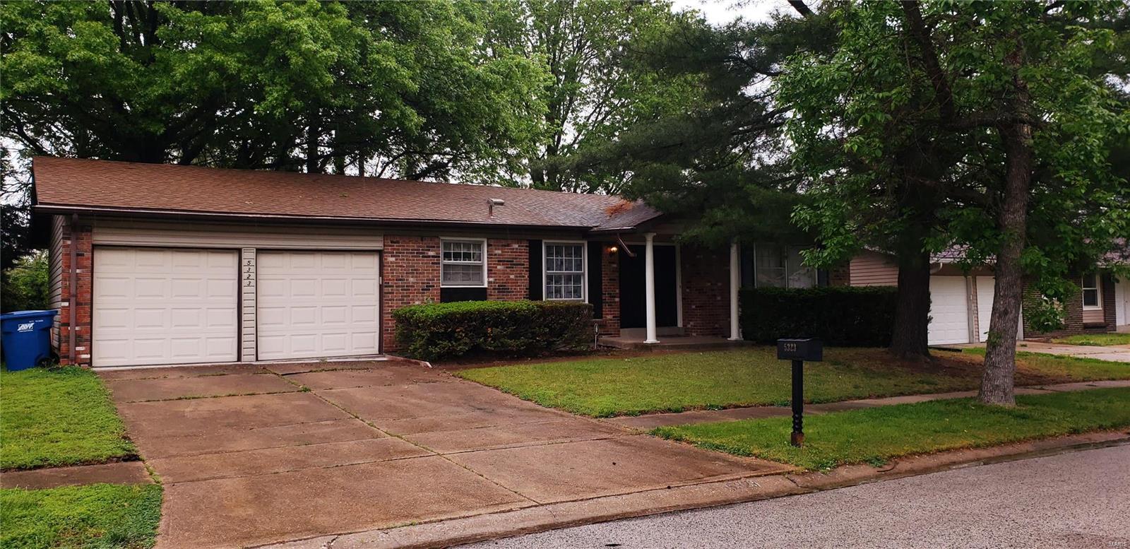 5323 Branridge Property Photo - Black Jack, MO real estate listing