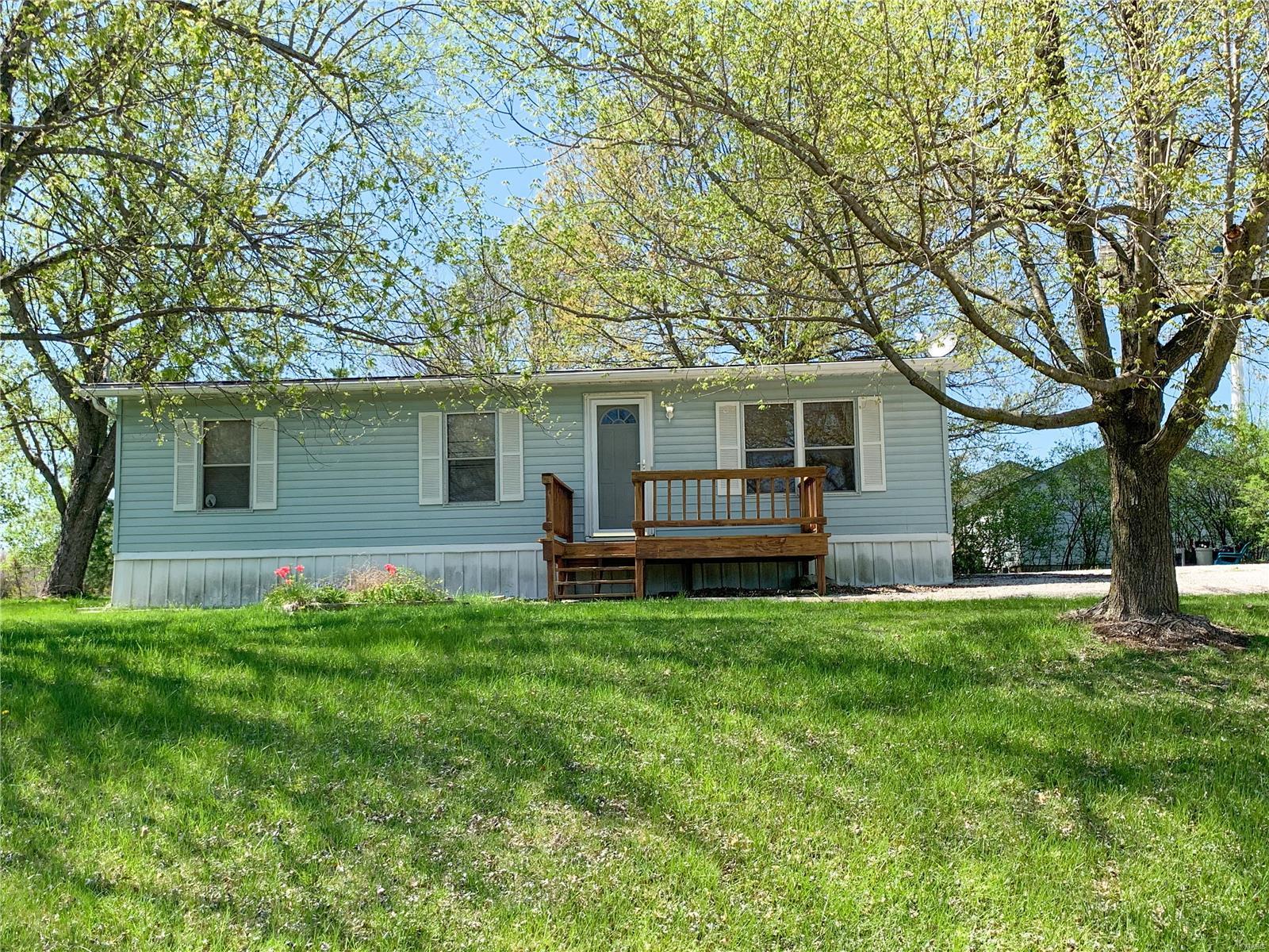5 Bear Creek Road Property Photo - Jonesburg, MO real estate listing