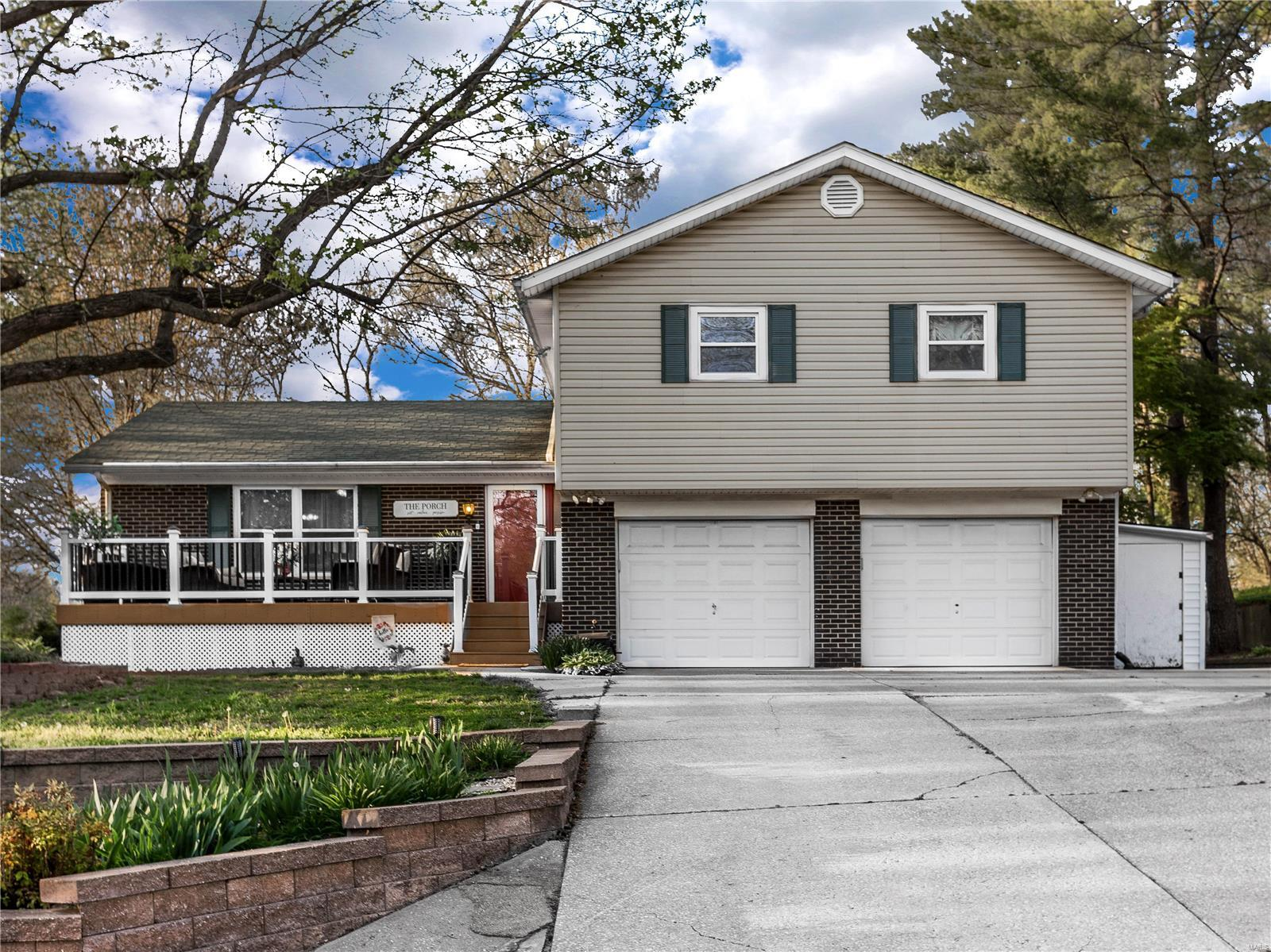 9 Weslake Drive Property Photo - Fairview Heights, IL real estate listing