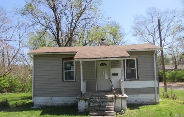 5600 Janet Ave Property Photo - Jennings, MO real estate listing