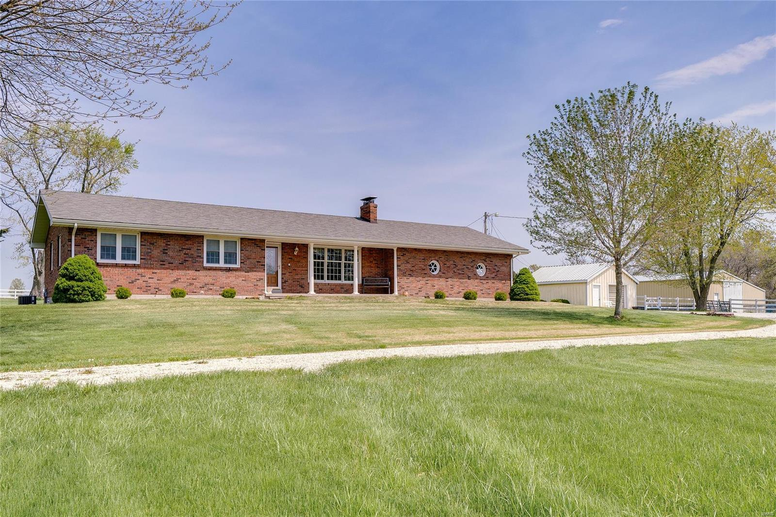 528 Highway F Property Photo - High Hill, MO real estate listing