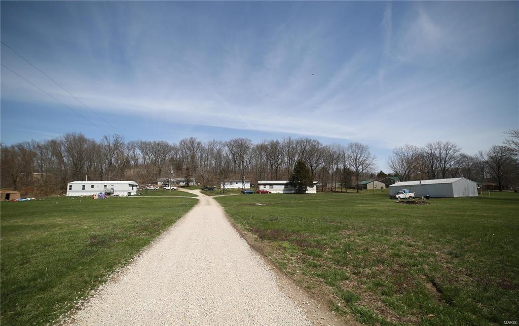 5822 Tuck Drive Property Photo - Bloomsdale, MO real estate listing