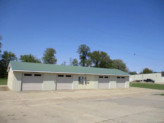 120 W 162 Hwy Property Photo - Clarkton, MO real estate listing