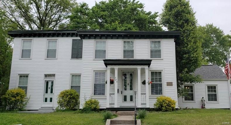 385 Saint Louis Street Property Photo