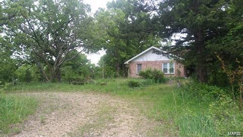 16915 Riverside Road Property Photo - Crocker, MO real estate listing