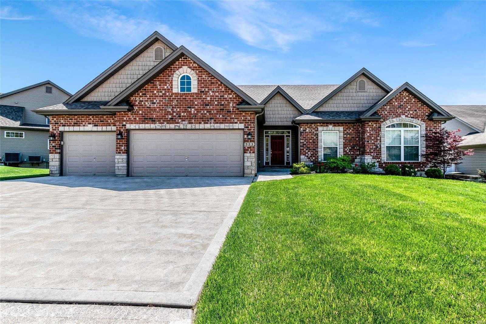 Auburn Trace Real Estate Listings Main Image