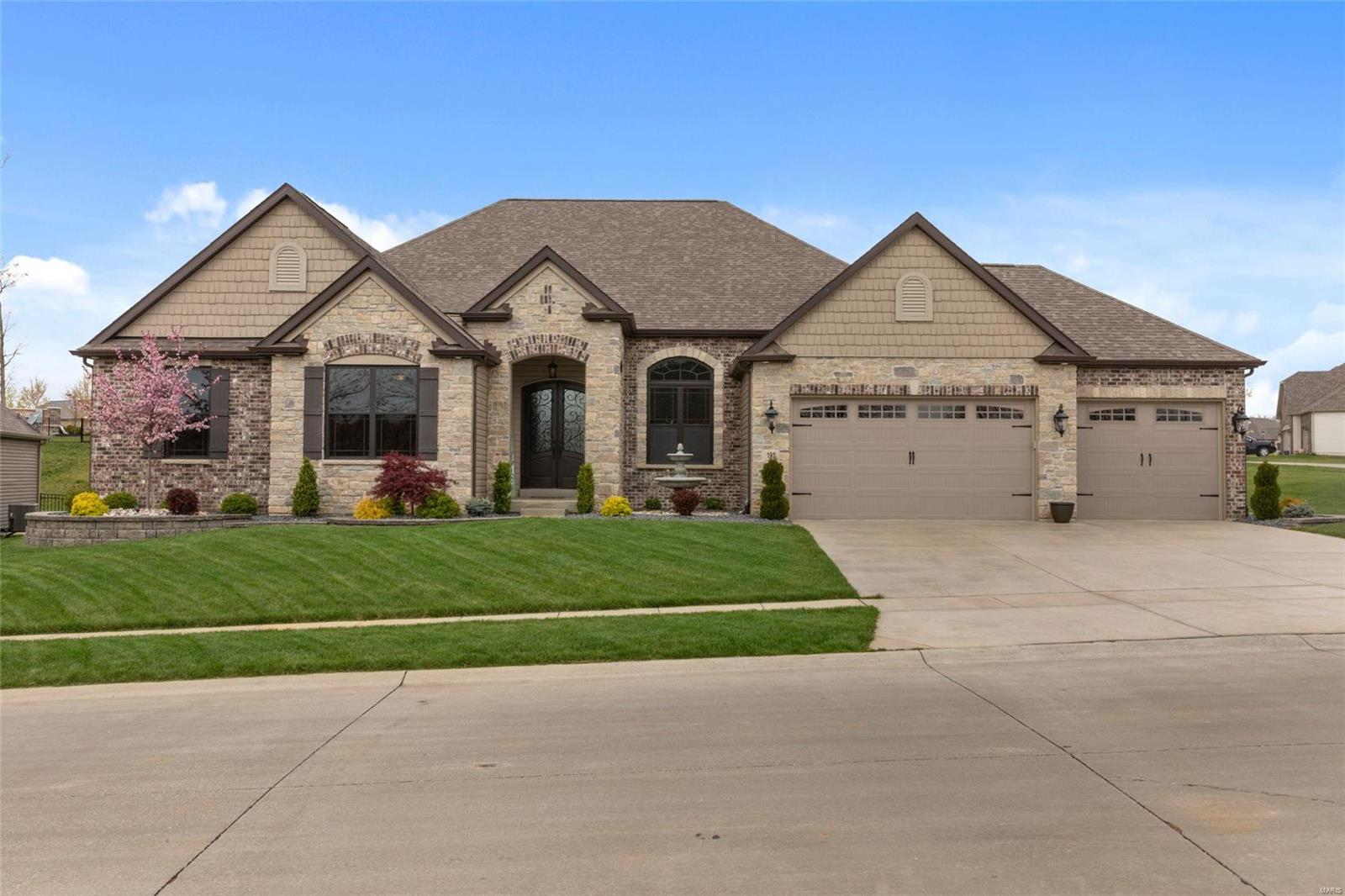 191 Wyndgate Valley Drive Property Photo - Lake St Louis, MO real estate listing