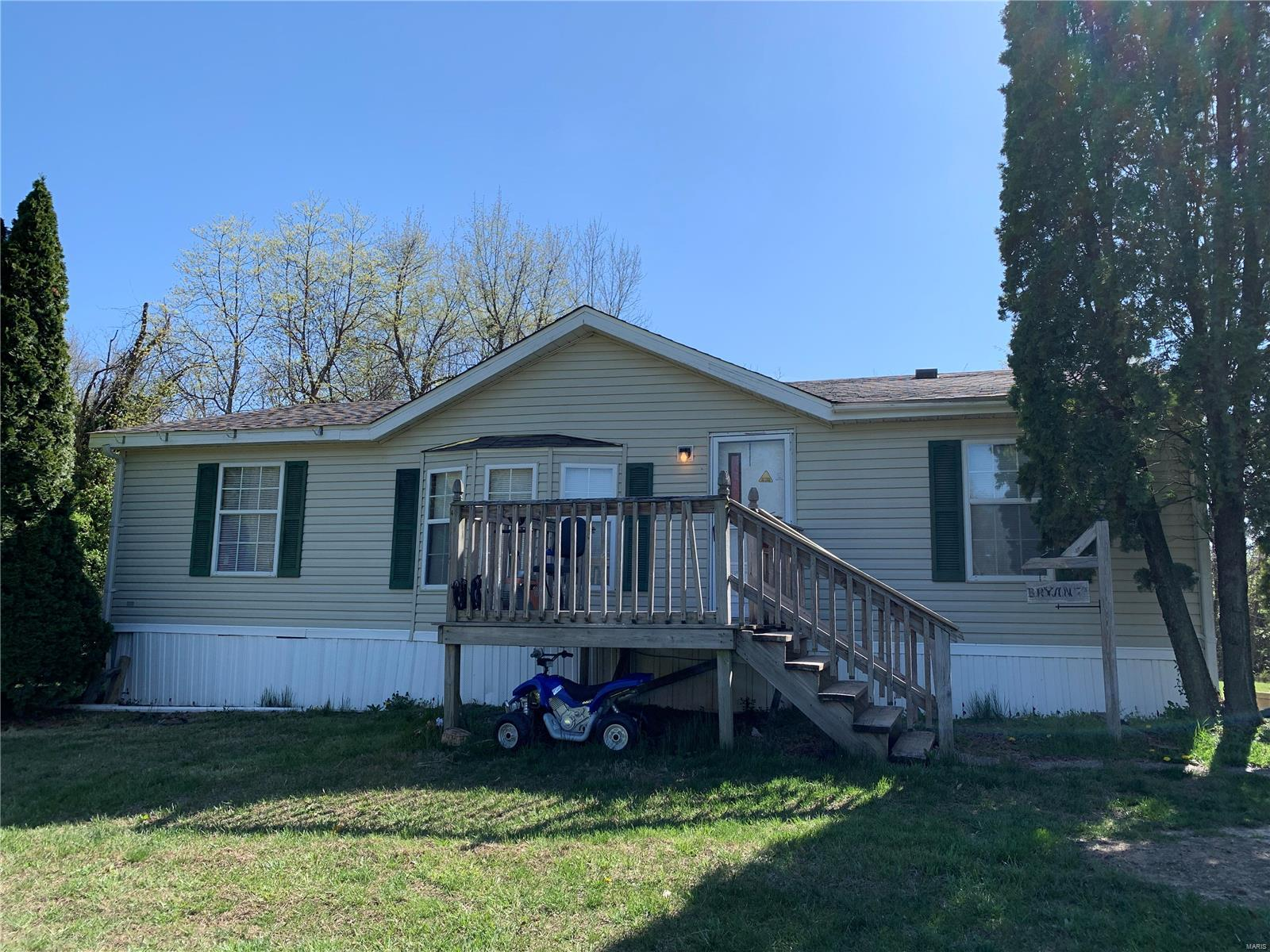 1772 Vermont Avenue Property Photo - Mulberry Grove, IL real estate listing