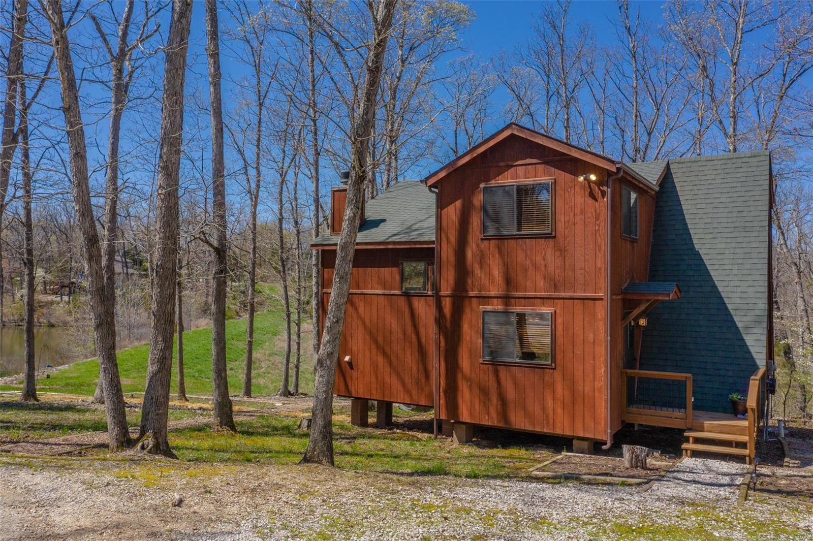 1746 Sonnenblick Drive Property Photo - Innsbrook, MO real estate listing