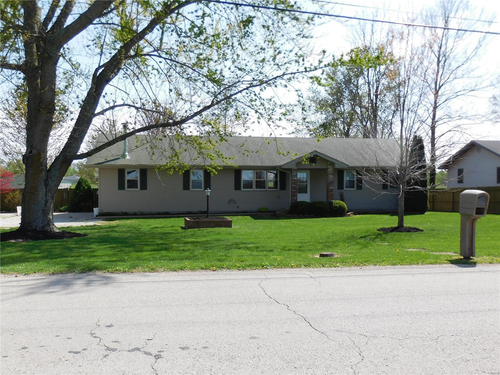 600 Division Property Photo - Sparta, MO real estate listing