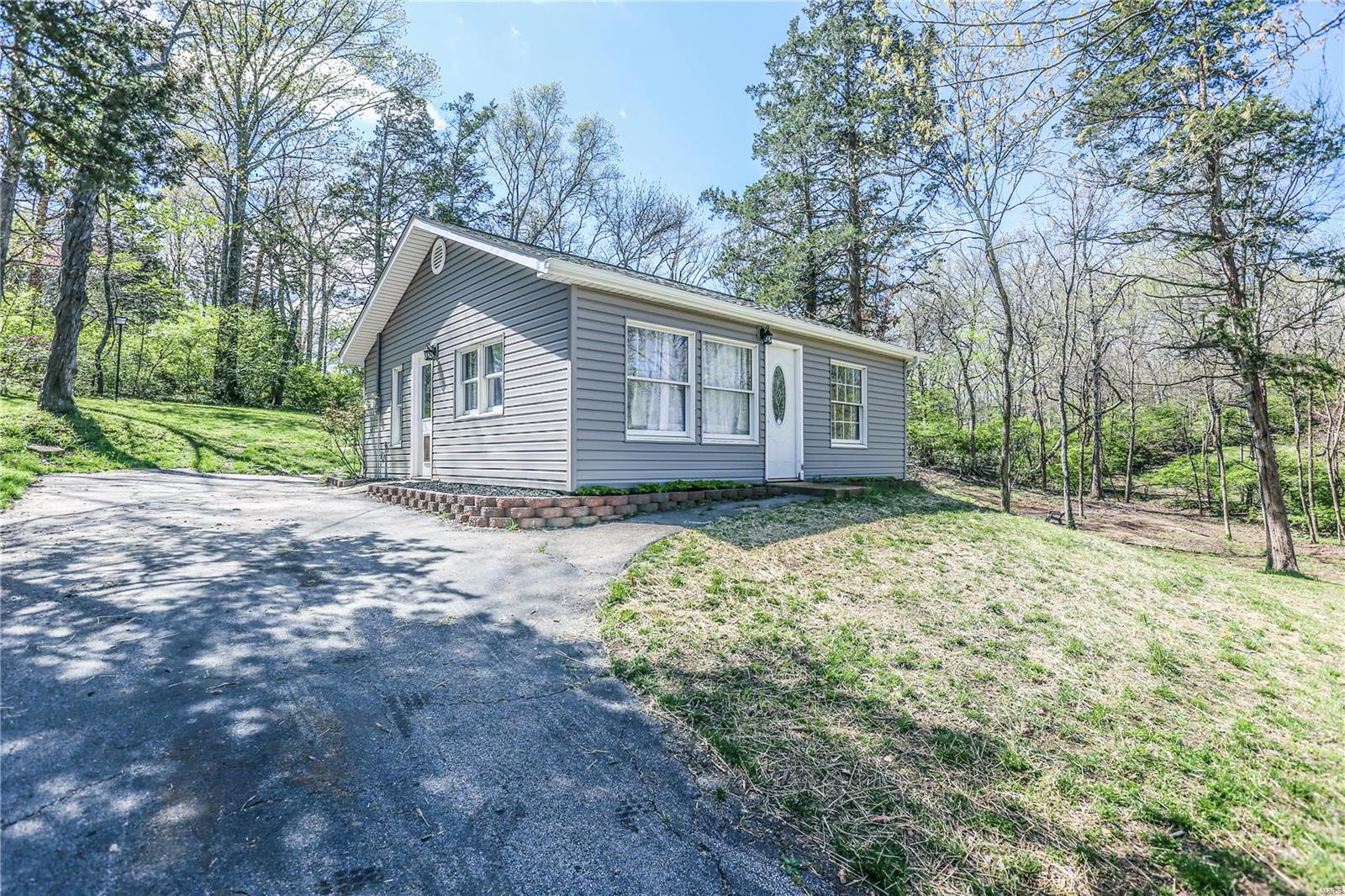 2354 South Lakeshore Property Photo - Pacific, MO real estate listing