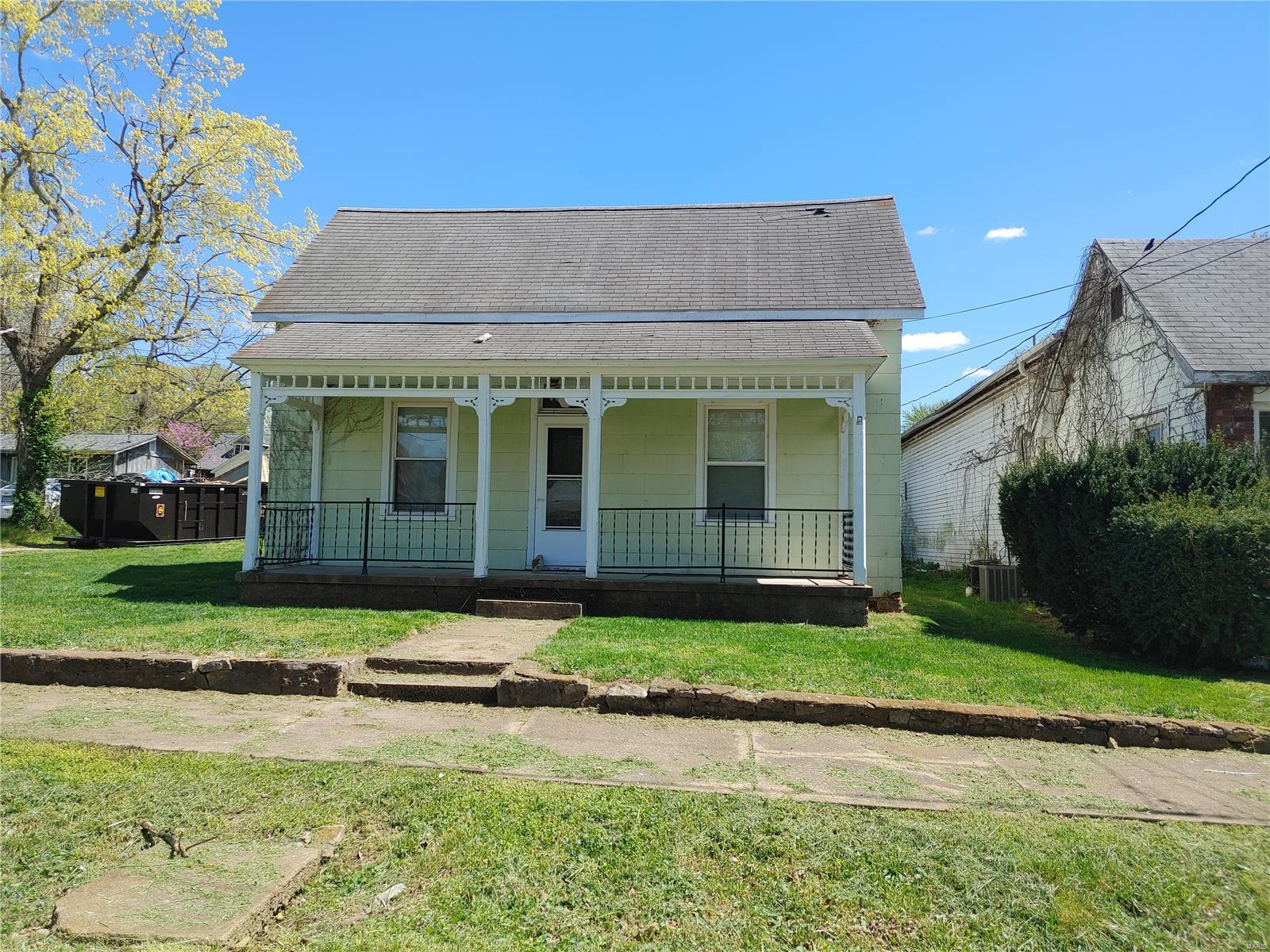 208 N Main St Property Photo - Arcadia, MO real estate listing
